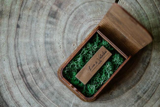 wedding box delivery wooden box wedding film
